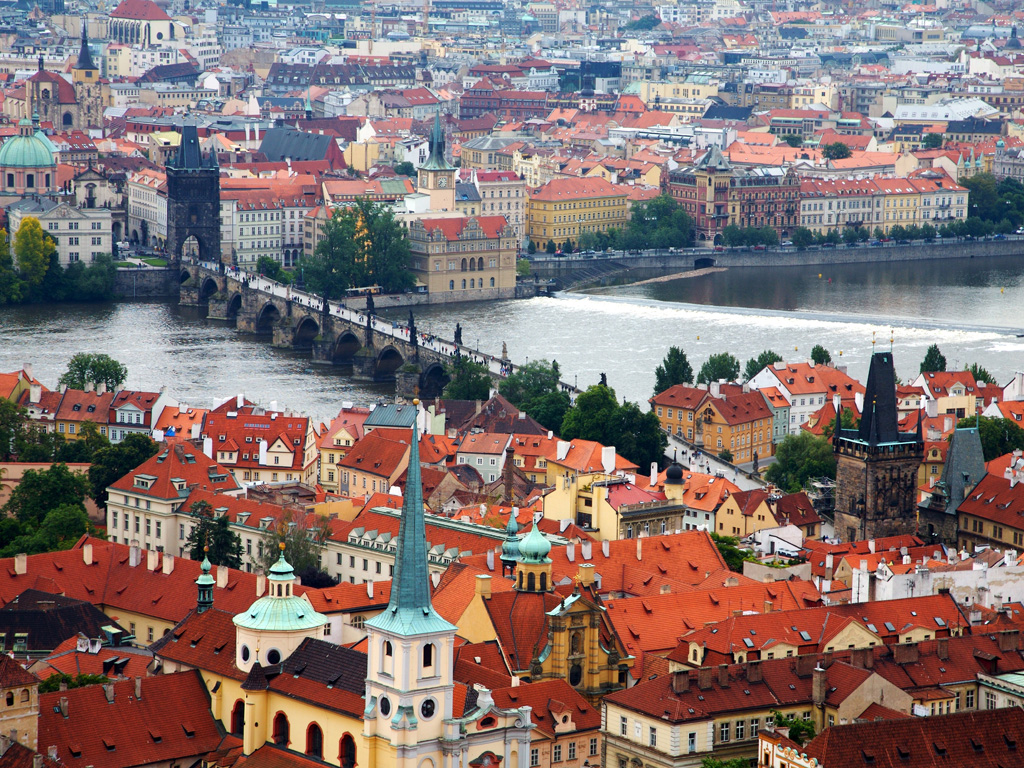12 28 09 charles bridge – a view from the castle